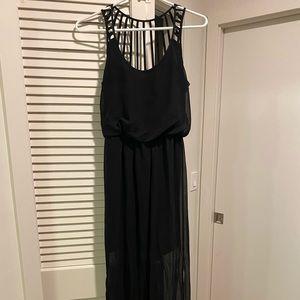 Socialite Black Chiffon Maxi Dress (Small)